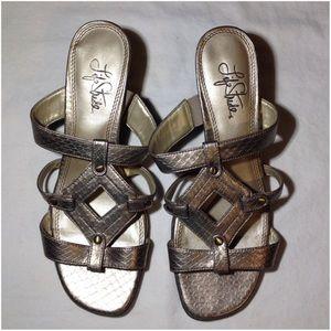 Women's Size 7M Life Stride Sandals